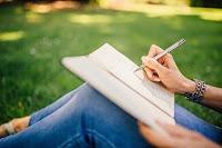 मन के विचारों को तत्काल लिखने